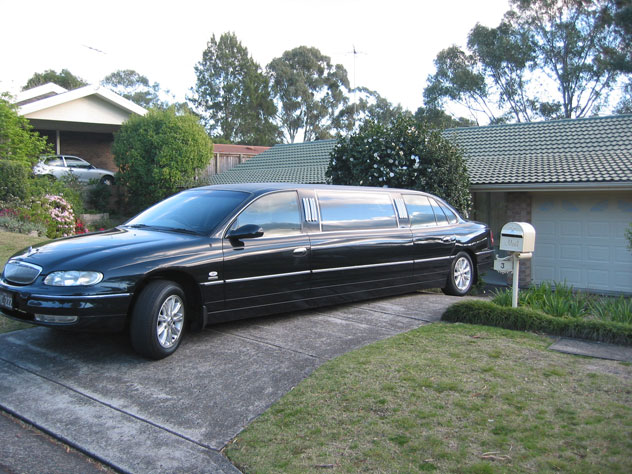 asquith-limousine-stretch-uv.jpg