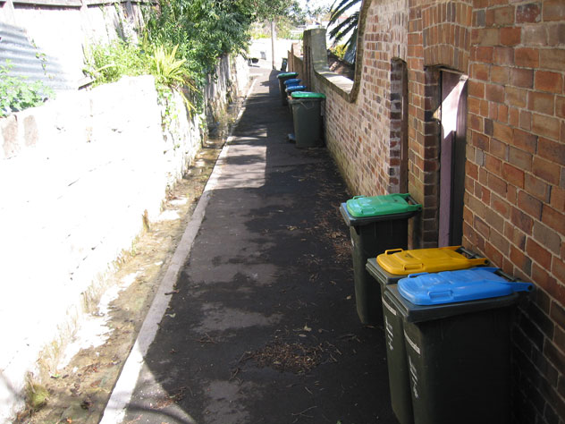 balmain-rubbish-narrow-lane-ur.jpg