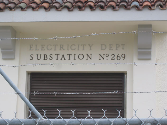 bondi-house-electricity-sign-xh.jpg
