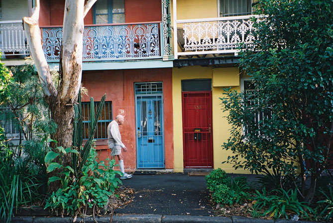 eveleigh-houses-close-to-footpath-xh.jpg