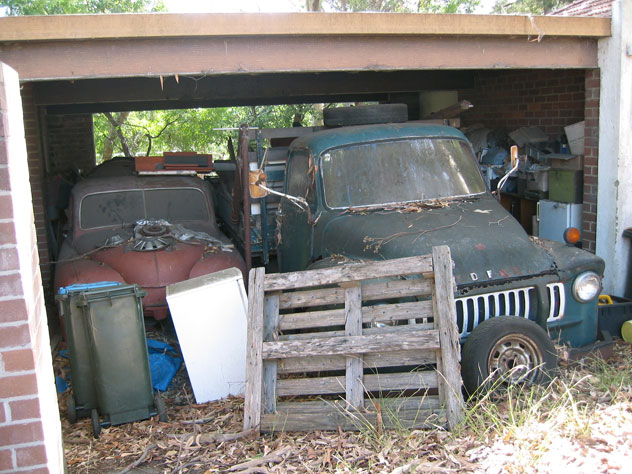 lane-cove-car-derelict-uv.jpg