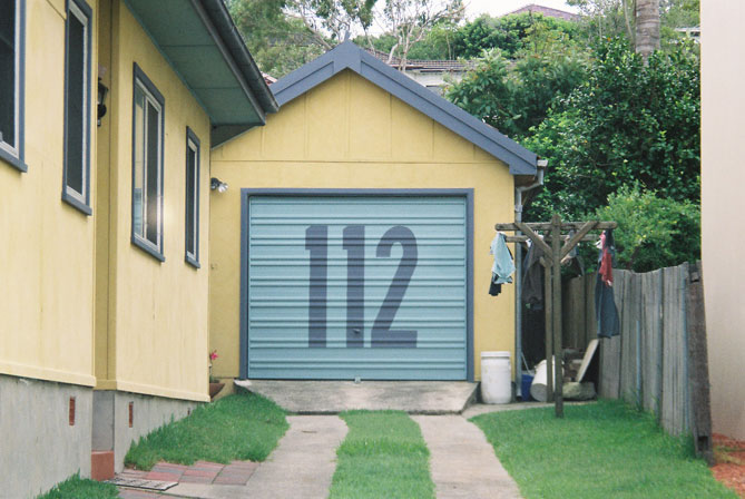 north-curl-curl-house-number