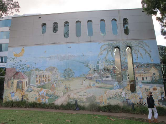 north-sydney-giant-mural-up.jpg