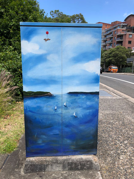 north-sydney-painting-signal-box-harbour-2-up.jpg