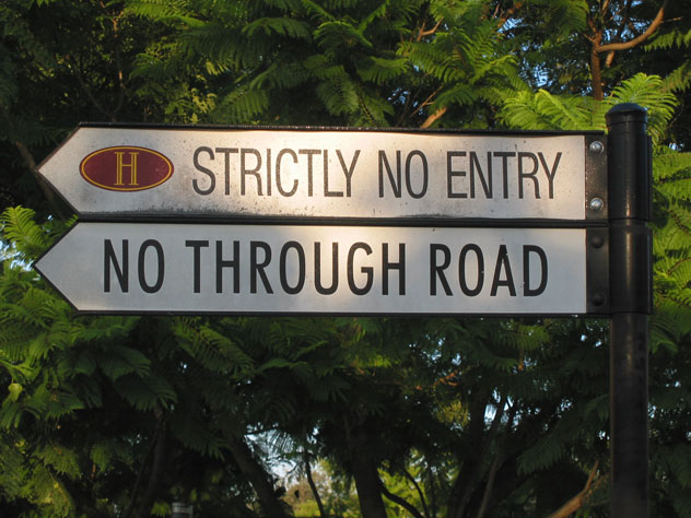 oatlands-no-entry-xst.jpg