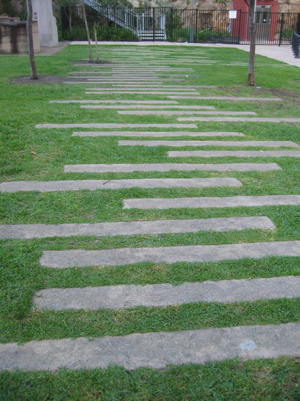 pyrmont-paths-mini-e.jpg