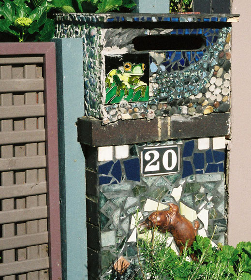 vaucluse-mailbox-tiled
