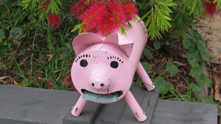 wheeler-heights-pig-mailbox-1-um.jpg