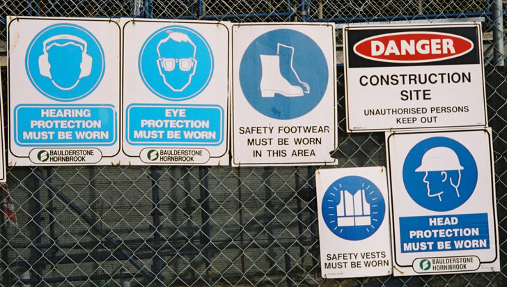 breakfast-point-signs-safety-usg.jpg