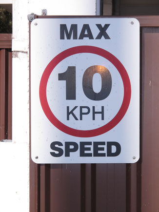 collections-speed-signs-1208152603-cspd.jpg