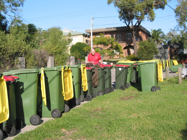 gymea-bay-rubbish-bins-line-ur.jpg