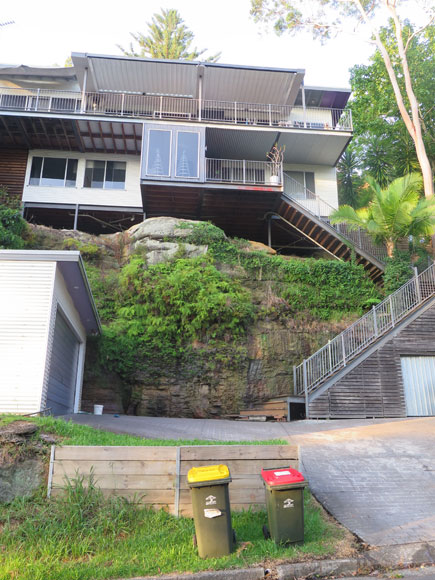 hornsby-heights-climb-to-house-uh.jpg
