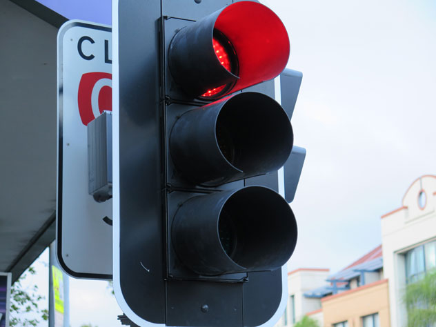 neutral-bay-traffic-lights-sign-2-usg.jpg