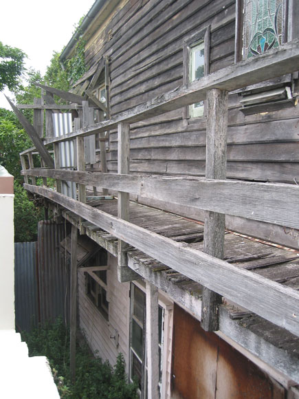 north-sydney-house-wooden-xh.jpg