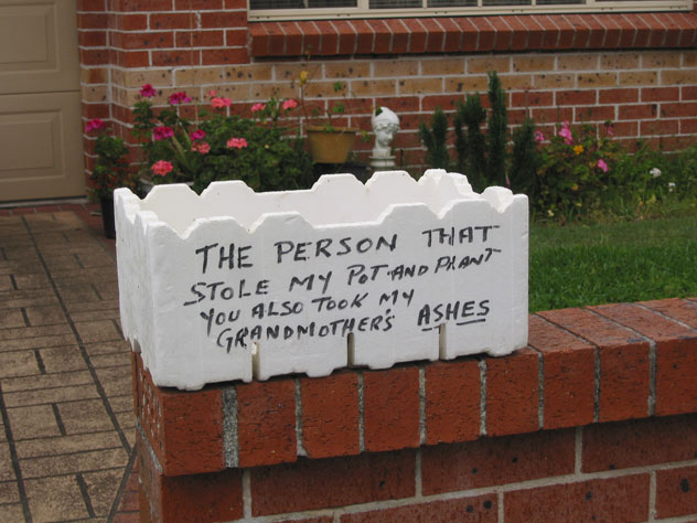 pagewood-sign-stolen-property-usg.jpg