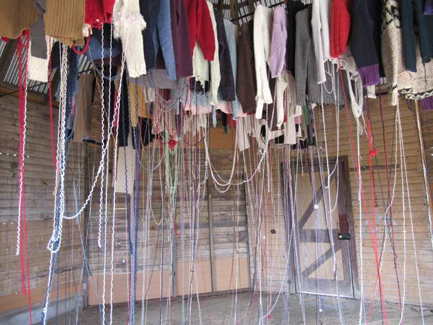 rookwood-sculpture-19-hanging-clothes-threads-usc.jpg
